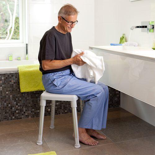 沐浴椅及床